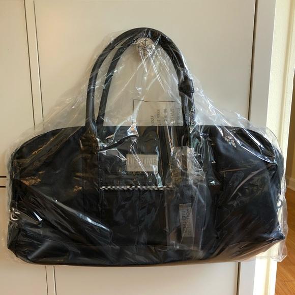 Handbags - Life Time Fitness Gym Bag b8ef9bb4a7c44